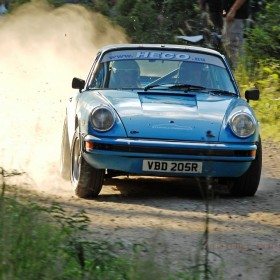 Tuthill Porsche 911 Midnight Sun win (2)