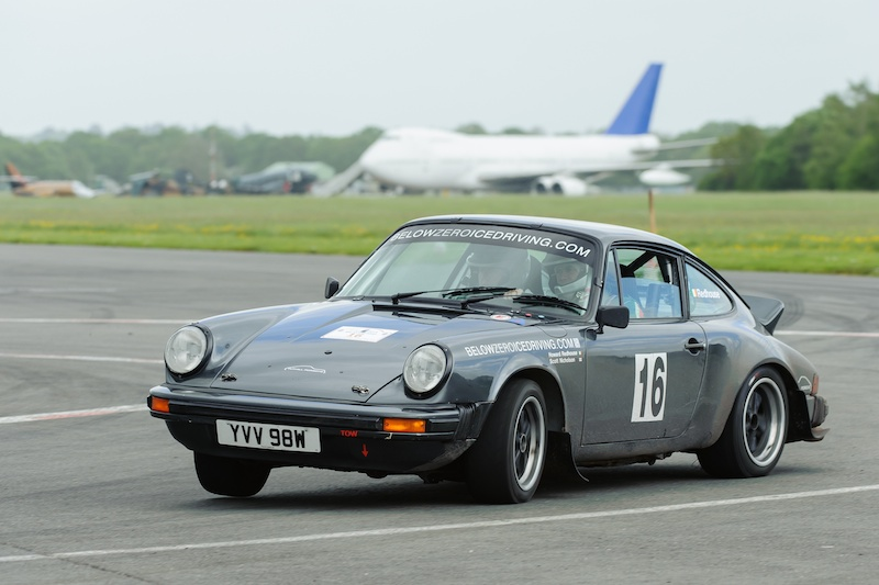 porsche 911 sc 39 challenge 39 rally car tuthill porsche. Black Bedroom Furniture Sets. Home Design Ideas