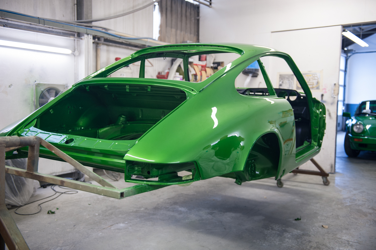 Tuthill Porsche 911 Restoration Projects In Progress