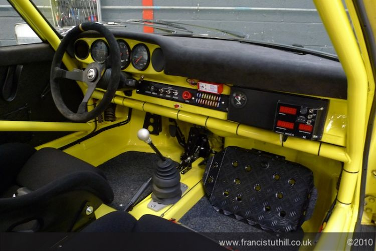 porsche rally cockpit features