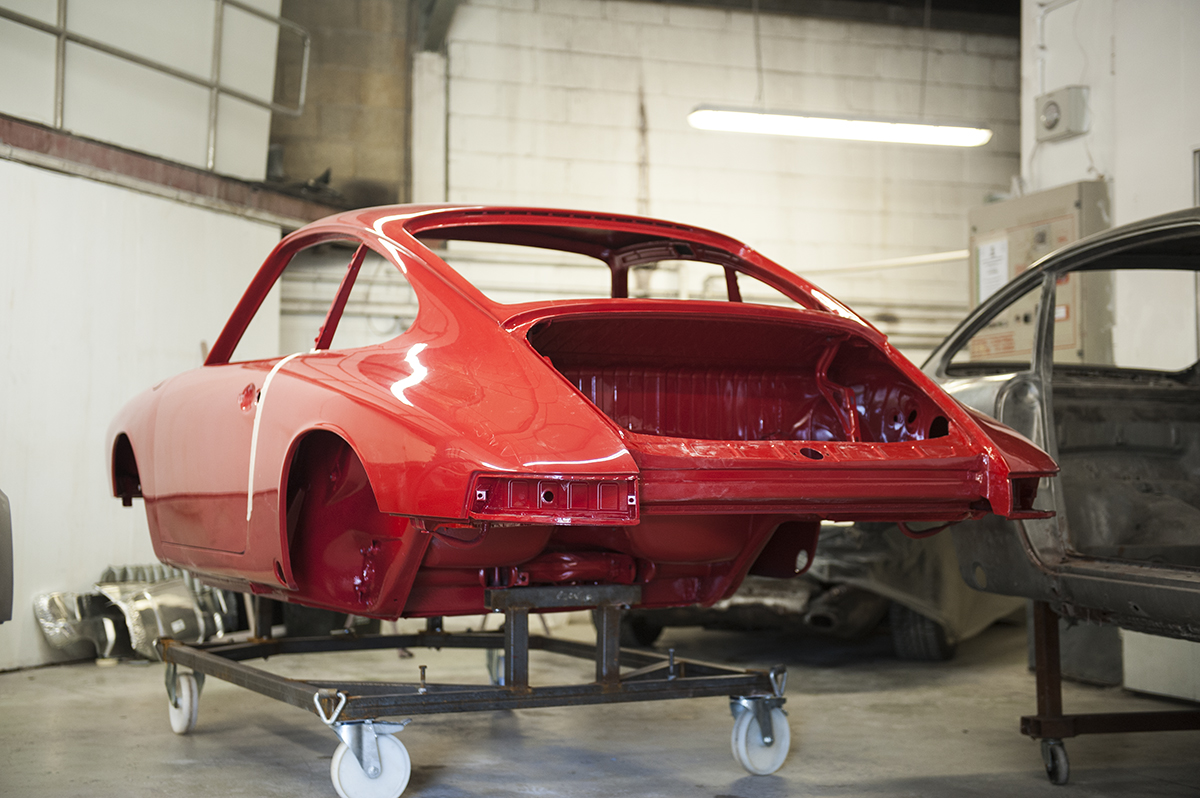 early swb porsche 911 restoration at tuthill